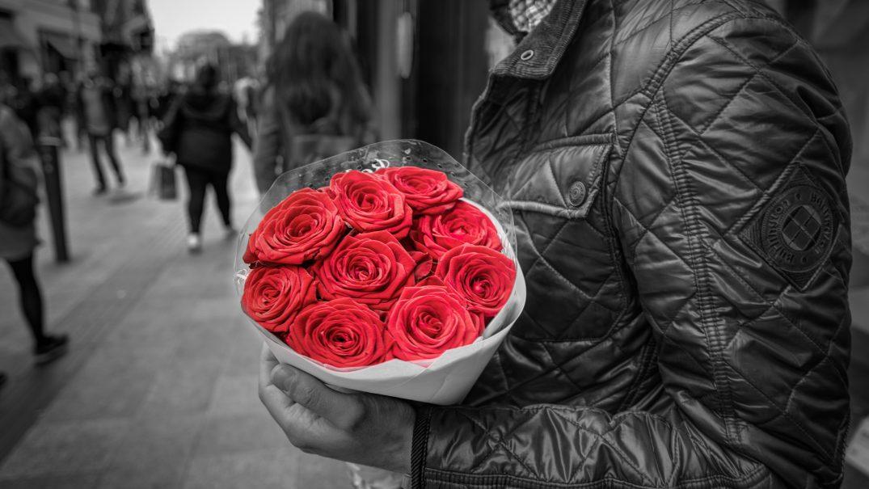bouquet roses colorful floral 428611 Devoțional