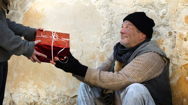 o HOMELESS CHRISTMAS facebook Resurse