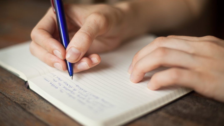journal writing Studii Adolescenți