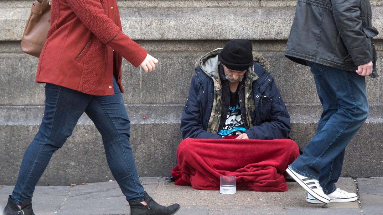HomelessLondon2011a Studii Adolescenți